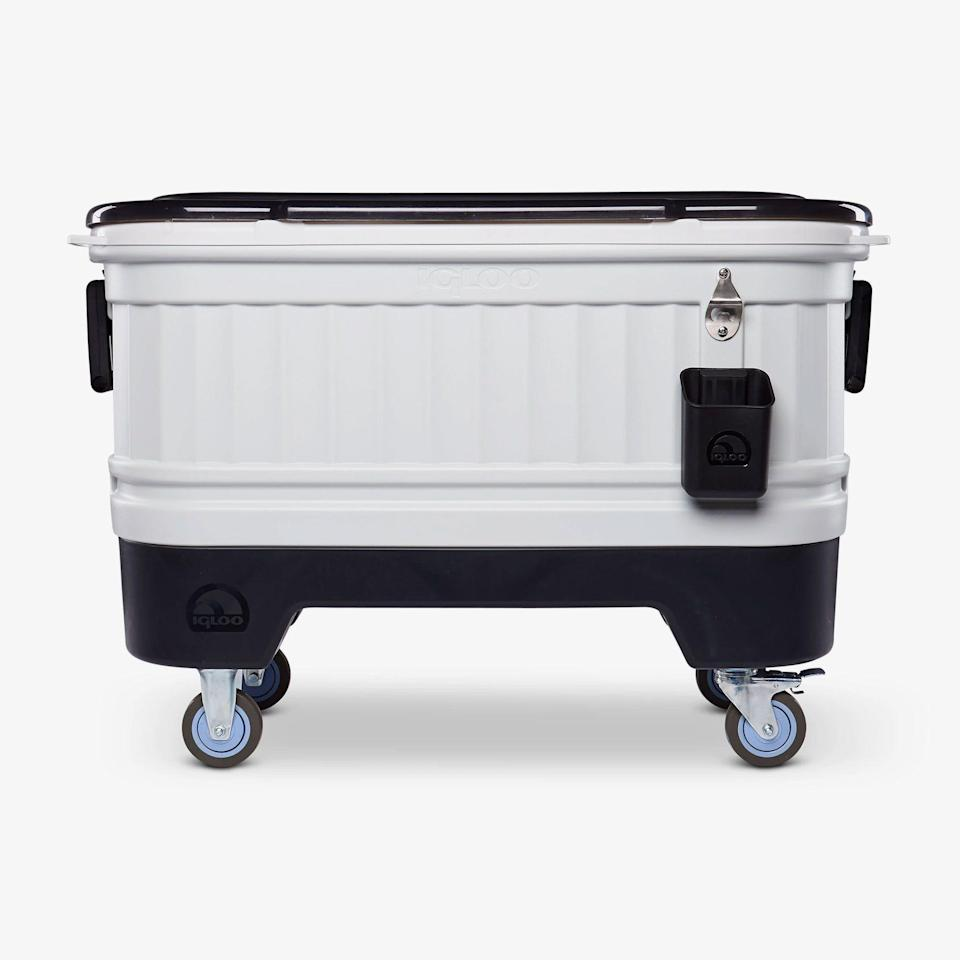 """<p><strong>igloo</strong></p><p>igloocoolers.com</p><p><strong>$159.99</strong></p><p><a href=""""https://go.redirectingat.com?id=74968X1596630&url=https%3A%2F%2Fwww.igloocoolers.com%2Fproducts%2Fparty-bar-cooler&sref=https%3A%2F%2Fwww.delish.com%2Fkitchen-tools%2Fcookware-reviews%2Fg32885285%2Fbest-coolers%2F"""" rel=""""nofollow noopener"""" target=""""_blank"""" data-ylk=""""slk:BUY NOW"""" class=""""link rapid-noclick-resp"""">BUY NOW</a></p><p>Did someone say party time? This Igloo cooler can hold 212 cans—yes, you read that correctly—with room to spare for ice. That way, your cans will stay cold all throughout long afternoons in the backyard.</p>"""