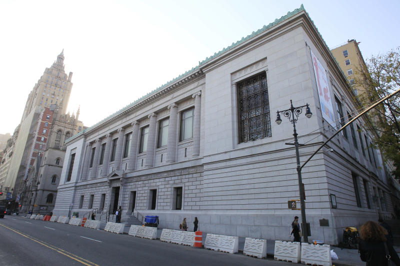 This Nov. 8, 2011 photo shows The New York Historical Society museum in New York.  The New-York Historical Society has added a children's museum, loads of interactive features, and a motion-sensitive reproduction of a 19th-century painting. These are some of the changes at New York City's oldest museum following a three-year, $65 million renovation. It reopens to the public on Friday, Nov. 11, 2011.  (AP Photo/Frank Franklin II)