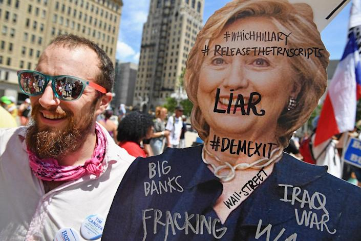 <p>Bernie Sanders supporters gather at City Hall on the second day of the Democratic National Convention on July 26, 2016 in Philadelphia, Pa. (Photo: Jeff J Mitchell/Getty Images)</p>