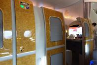 <p>After breakfast, I continued to play around with my suite. The best part of the Emirates Suite is the automated doors. To open or close your suite doors, you simply push a button and the door will slide open or shut. <i>(Photo: Sam Huang)</i><br></p>