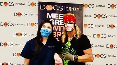 Bret Michaels meets DOCS Dental staff at Luke Air Force Base.