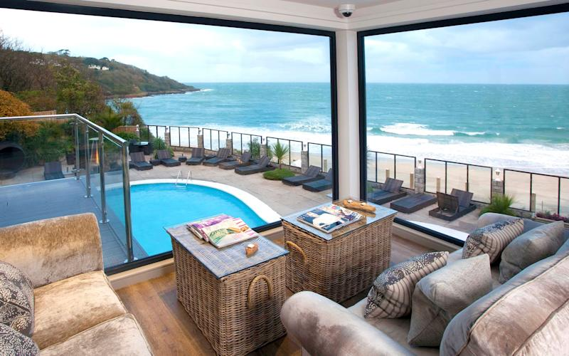 Save up to 50 per cent on a superb beachfront stay, relax and unwind in the luxury spa at the Carbis Bay Hotel - © Copyright Declaration All images shown on this site are protected by International Copyright Law and by the Copyright, Desig