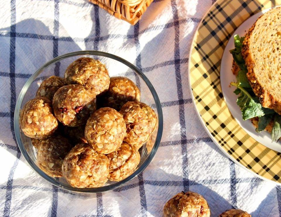 """<p>All you need is a bowl and a few basic ingredients to turn overripe naners into these delicious PB-filled snack bites. (They come in clutch before and after workouts.) </p><p><a class=""""link rapid-noclick-resp"""" href=""""https://kellyjonesnutrition.com/banana-peanut-butter-snack-bites/"""" rel=""""nofollow noopener"""" target=""""_blank"""" data-ylk=""""slk:GET THE RECIPE"""">GET THE RECIPE</a> </p><p><em>Per 2 bites: 150 calories, 7 g fat (</em></p>"""