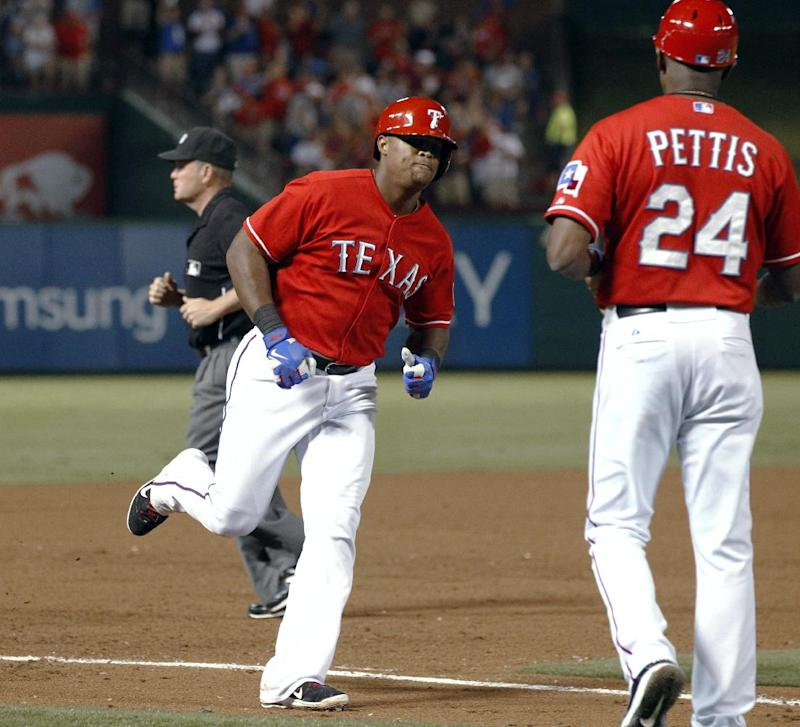 Rangers stay close, Astros drop 11th in row