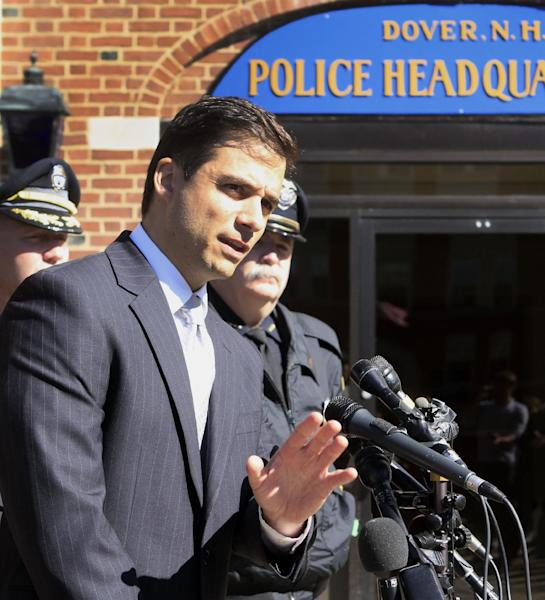 """New Hampshire Assistant Attorney General James Vara gives a news conference in Dover, N.H. on Saturday, Oct. 13, 2012 in Dover, N.H. announcing that University of New Hampshire student, Elizabeth """"Lizzi"""" Marriott who disappeared earlier in the week, is dead, and a man has been charged with second-degree murder. (AP Photo/Jim Cole)"""