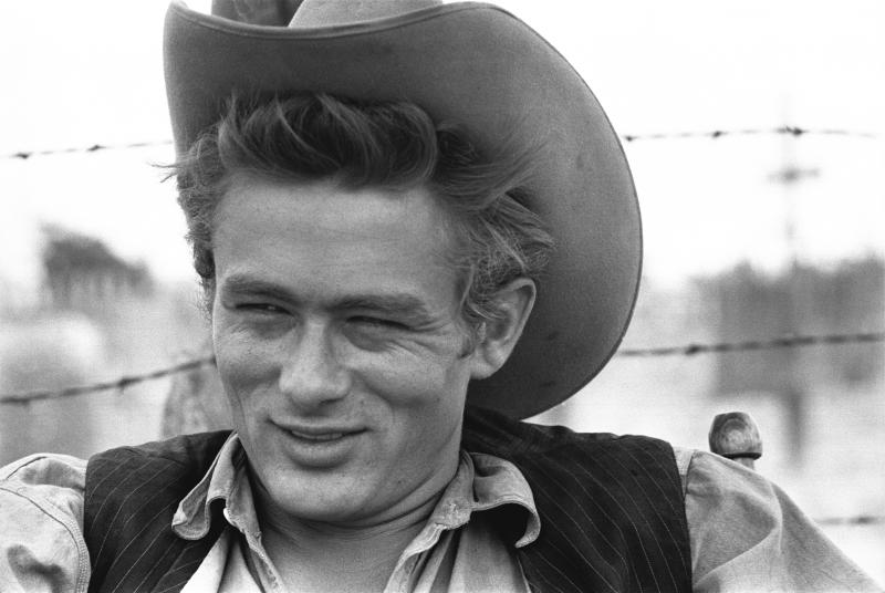 "MARFA, TX - OCTOBER 1955: Actor James Dean on the set of the movie ""Giant"" in October 1955 in Marfa, Texas. (Photo by Richard C. Miller/Donaldson Collection/Getty Images)"