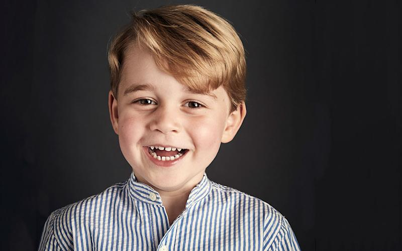A never-before-seen photo of young Prince George has surfaced online and it is absolutely adorable.