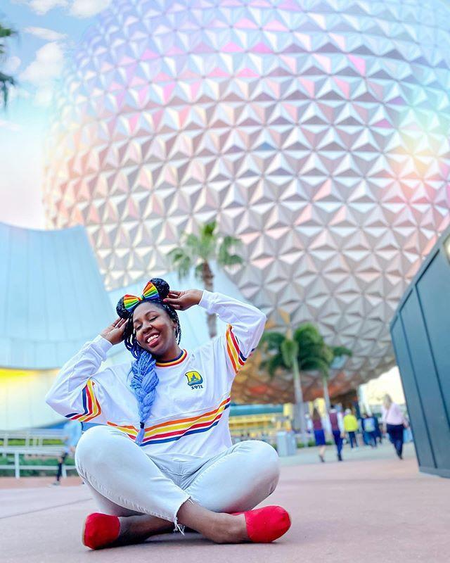 """<p>A fantastic writer with a more Disneyland-focused feed, Erika gives tips on Disney-bounding and is full of little-known park facts you'd never find elsewhere. </p><p><a href=""""https://www.instagram.com/p/B_RRLZkjjMm/"""" rel=""""nofollow noopener"""" target=""""_blank"""" data-ylk=""""slk:See the original post on Instagram"""" class=""""link rapid-noclick-resp"""">See the original post on Instagram</a></p>"""