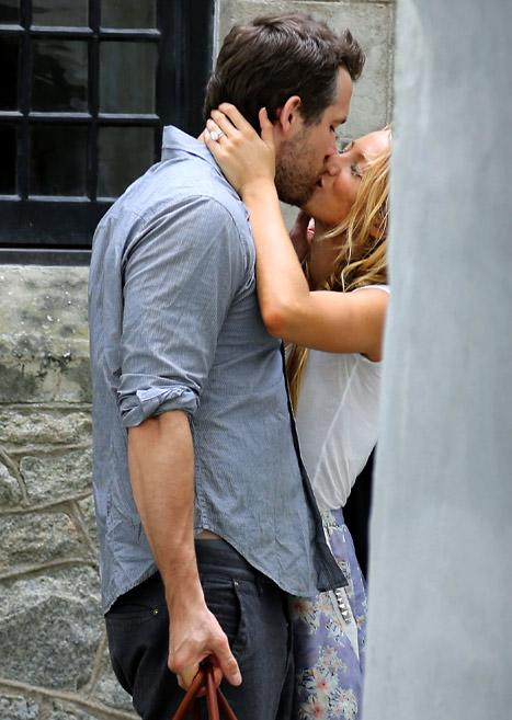 FIRST PIC: Blake Lively Flashes Ring, Kisses Ryan Reynolds Day After Wedding