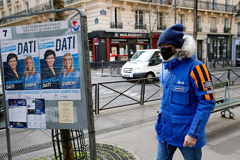 French Brave Virus Lockdown to Vote in Municipal Elections
