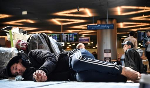 Citizens of several Central Asian countries have been stranded at Moscow airports after former Soviet states closed their borders because of the coronavirus pandemic