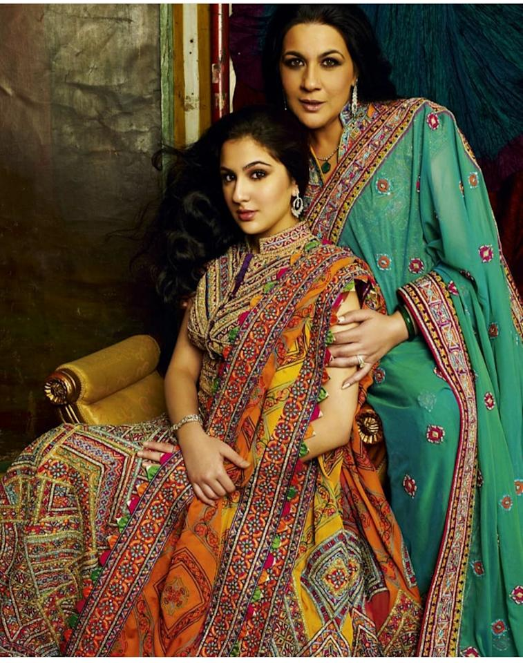 The mother-daughter duo embodies elegance and grace in this picture from 2010. Dressed in their ethnic attires by Abu Jani and Sandeep Khosla, they ooze every bit of the royalty they belong to. Sara might have become a national darling for her humble nature now, but this throwback image proves she was a star even when she was not.