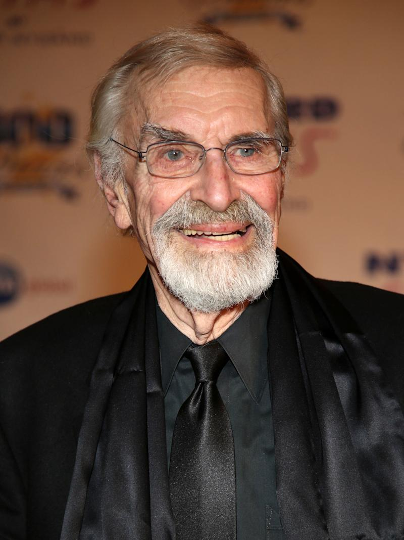 Martin Landau arrives at the 24th Night of 100 Stars Oscars Viewing Gala at The Beverly Hills Hotel on Sunday, March 2, 2014 in Beverly Hills, Calif. (Photo by Annie I. Bang /Invision/AP)