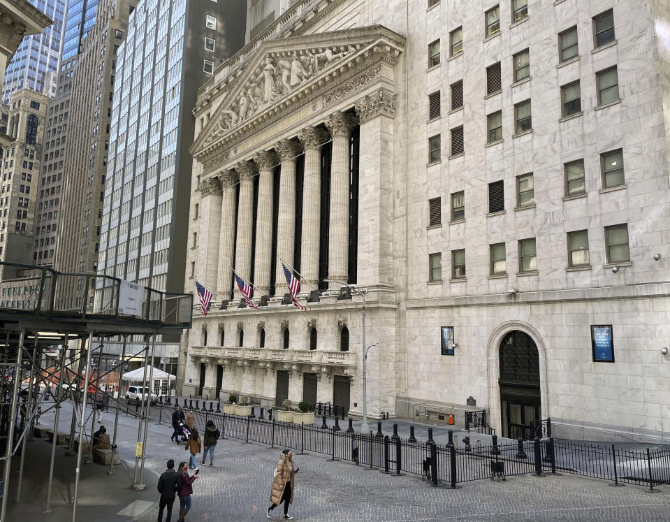 Photographer: zz / STRF / STAR MAX / IPx 2021 3/21/21 New York Stock Exchange in Wall Street and the surrounding atmosphere and in the Lower Manhattan Financial District of New York City, March 21, 2021 during the global corona virus outbreak.  Here, the New York Stock Exchange building.  (NYC)