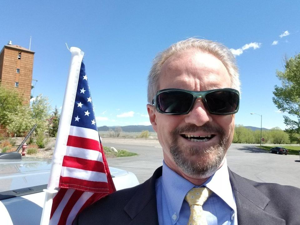 William Perry Pendley poses in a photo posted to his private Twitter account. (Photo: Twitter.com/Sagebrush_Rebel)
