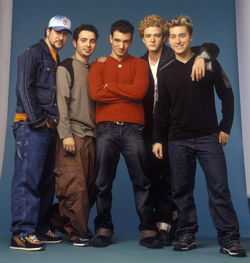 American vocalists Joey Fatone, Chris Kirkpatrick, JC Chasez, Justin Timberlake, and Lance Bass, of the group NYSNC, pose for a photoshoot, New York, New York, circa 1999. (Photo by Larry Busacca/WireImage)