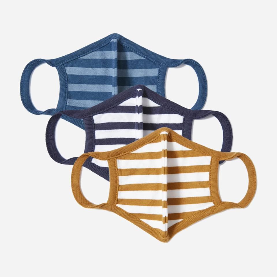 The 100% Human Face Mask 3-Pack. Image via Everlane.