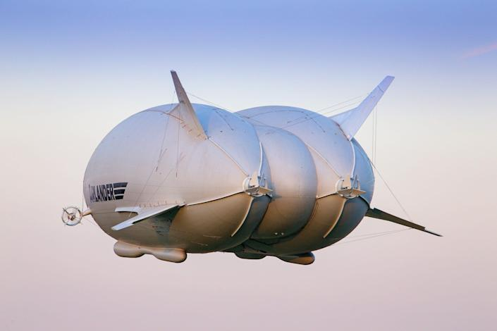 The Airlander 10 flying