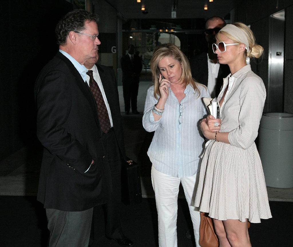 "Paris enlists the help of her parents. <a href=""http://www.x17online.com"" target=""new"">X17 Online</a> - May 8, 2007"