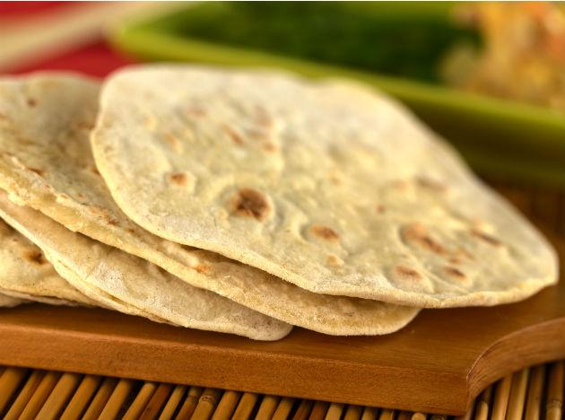 <b>Using Chapattis to Your Advantage:</b> Another useful way of managing diabetes is increasing the daily intake of fiber in the natural form. This includes increasing the fiber content in chappatis that tend to be eaten with regularity in Indian homes. The refined flour should be mixed with a combination of flours procured from different cereals, particularly those high in soluble fiber. This includes flours of barley and lentils like Chana Dal and soya bean.