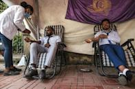 Hundreds of residents of Gondar have donated blood this week intended for special forces involved in the clashes