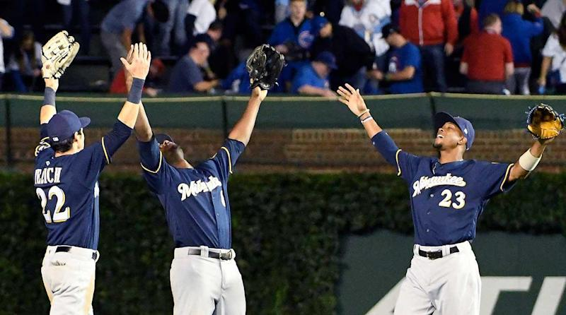Brewers Cut Cubs' NL Central Lead Down to One With 3-2 Win