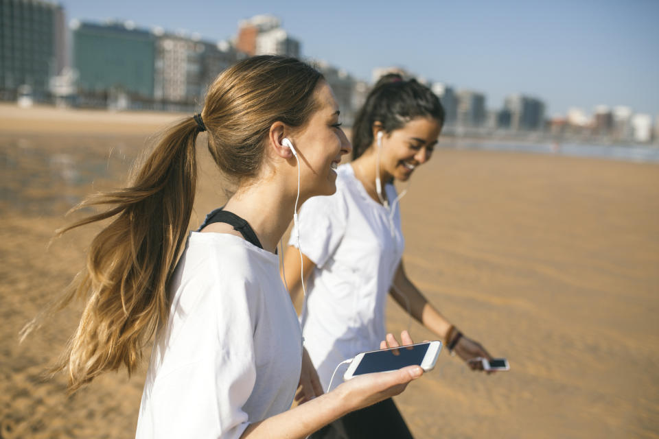 Arranging to meet a friend could help motivate you to exercise. Source: Getty