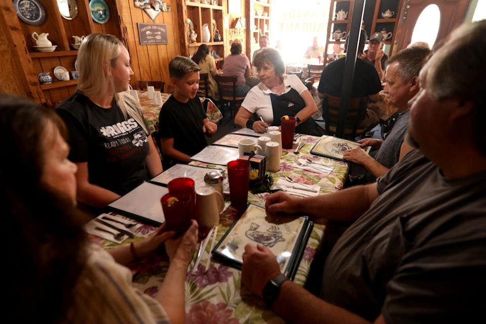 Granny's Pantry Restaurant reopens in Atwater