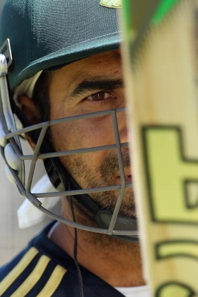 ADELAIDE, AUSTRALIA - NOVEMBER 21: Imran Tahir looks at his bat during a South African Proteas training session at Adelaide Oval on November 21, 2012 in Adelaide, Australia.  (Photo by Morne de Klerk/Getty Images)