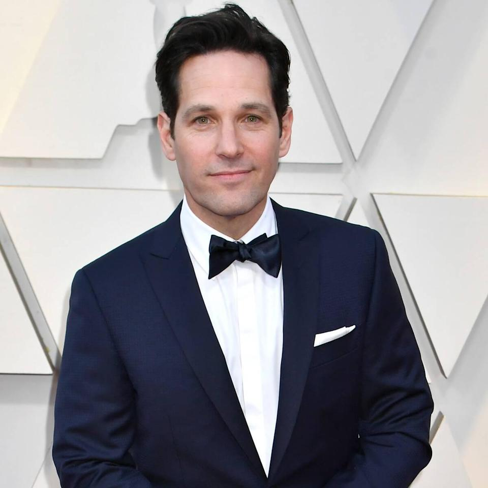 These Rain-Soaked New Yorkers Were Surprised By Paul Rudd While Waiting in Line to Vote