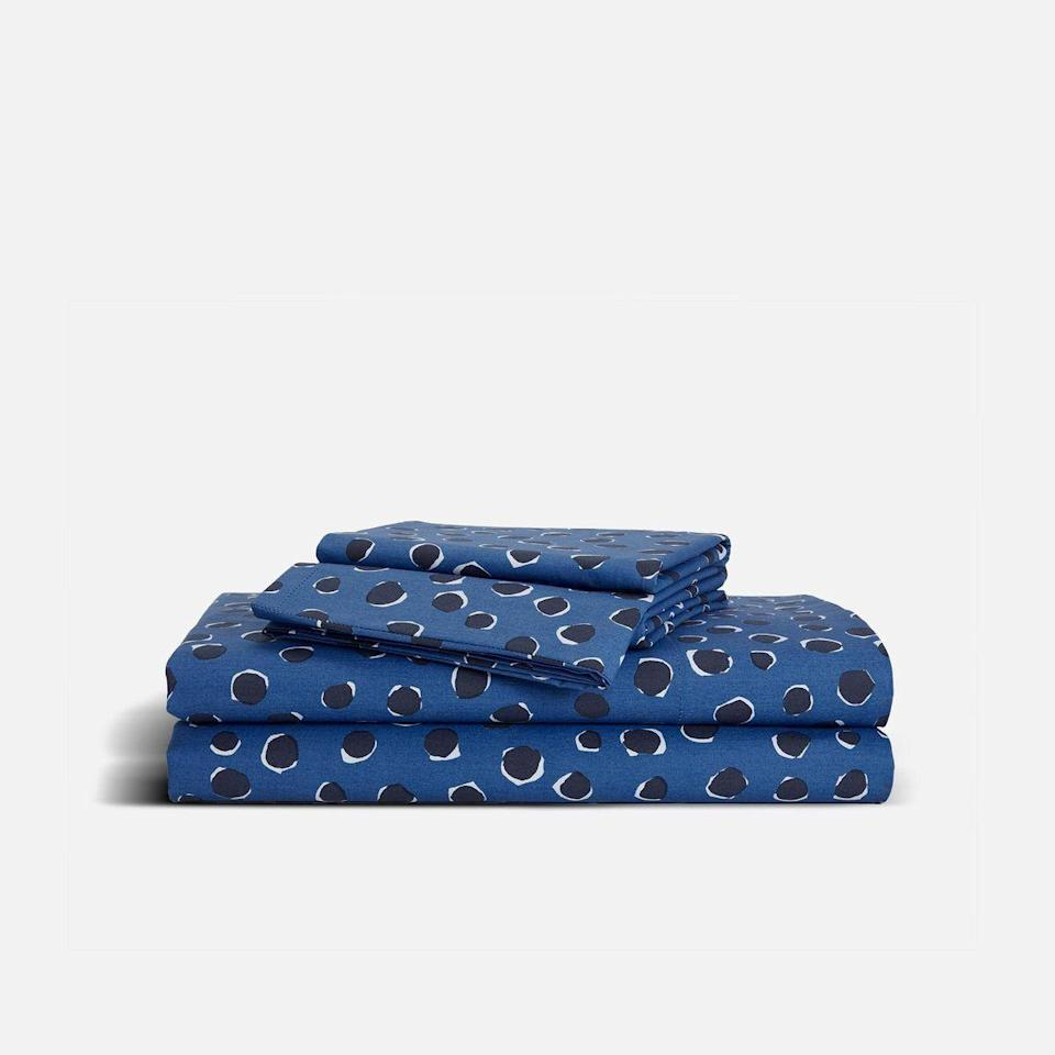 """<p><strong>Brooklinen</strong></p><p>brooklinen.com</p><p><strong>$99.00</strong></p><p><a href=""""https://go.redirectingat.com?id=74968X1596630&url=https%3A%2F%2Fwww.brooklinen.com%2Fproducts%2Fclassic-hardcore-sheet-bundle&sref=https%3A%2F%2Fwww.townandcountrymag.com%2Fleisure%2Fg37191699%2Ffall-bedroom-decor%2F"""" rel=""""nofollow noopener"""" target=""""_blank"""" data-ylk=""""slk:Shop Now"""" class=""""link rapid-noclick-resp"""">Shop Now</a></p><p>Brooklinen's newest bedding collection features bold patterns in rich hues, which are a perfect alternative to the white linens of summer. </p>"""