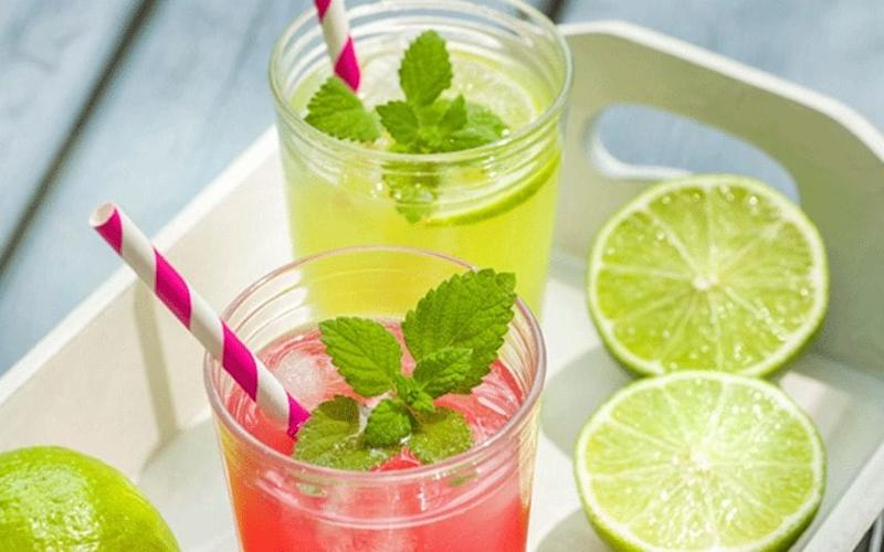 In the spirit: these thirst-quenching cocktails will make a barbecue go with a bang - Alamy