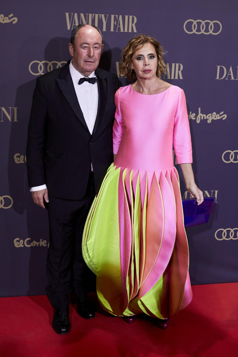 MADRID, SPAIN, NOVEMBER 25, 2019: Agatha Ruiz de la Prada and Luis Miguel Rodriguez attend the Vanity Fair 'Person of the Year 2019' Awards at Teatro Real in Madrid.- PHOTOGRAPH BY Legan P. Mace / Echoes Wire/ Barcroft Media (Photo credit should read Legan P. Mace / Echoes Wire / Barcroft Media via Getty Images)