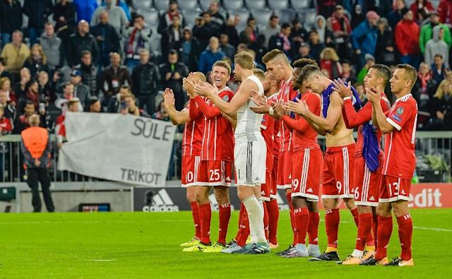 Bayern Munich's players celebrate winning their UEFA Champions League Group B match against Anderlecht, in Munich, on September 12, 2017 (AFP Photo/GUENTER SCHIFFMANN)