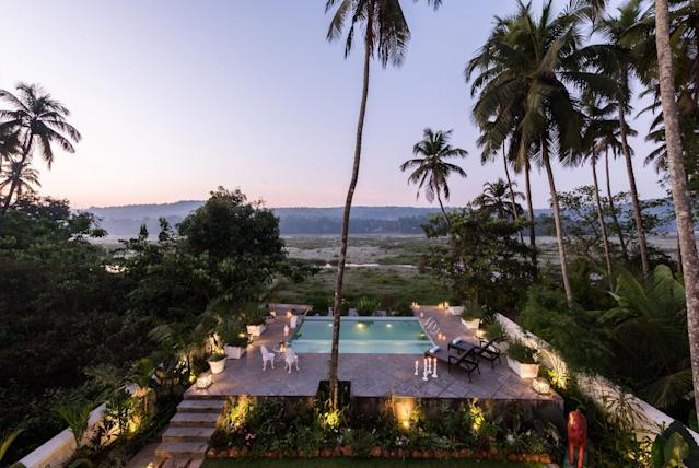 Whether located in tourist hotspots or off the beaten track, Lohono Stays assure guests of an exclusive holiday experience. The four-bedroom Villa Loto Bianco in Siolim, Goa, is cocooned in greenery with lush paddy-field views – a birder's paradise. <em>Featured here, Villa Loto Bianco, Goa.</em>