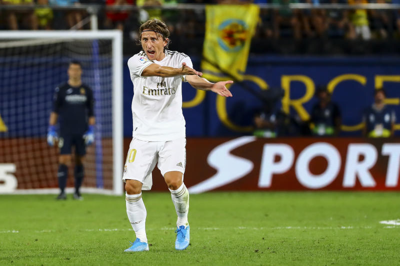 Luca Modric during Spanish La Liga match between Villarreal cf and Real Madrid at La Ceramica Stadium on September 1, 2019. (Photo by Jose Miguel Fernandez/NurPhoto via Getty Images)
