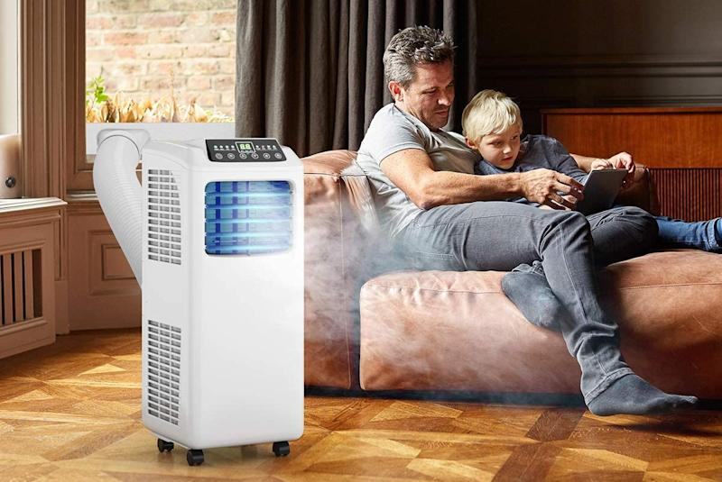 Stay cool during hot summer days and save 33 percent. (Photo: Costway)