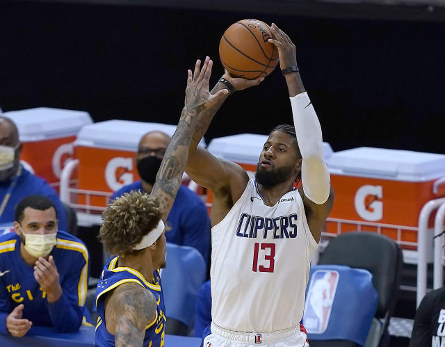 Curry scores 38 as Warriors rally past Clippers, 115-105