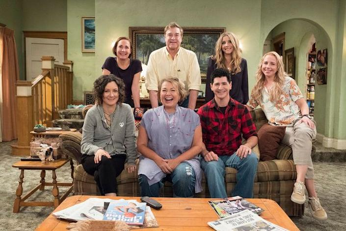Clockwise from upper left) Laurie Metcalf, John Goodman, Sarah Chalke, Lecy Goranson, Michael Fishman, Roseanne Barr and Sara Gilbert are all returning to the show. (Photo: ABC)
