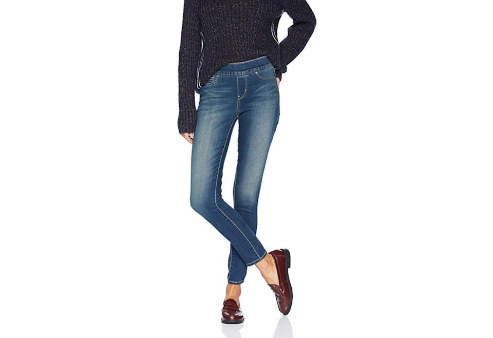 Signature by Levi Strauss & Co. Gold Label Women's Totally Shaping Pull-on Skinny Jeans. (Photo: Amazon)