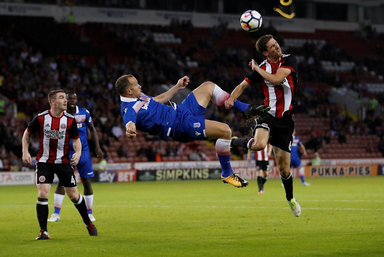Soccer Football - Sheffield United vs Stoke City - Pre Season Friendly - Sheffield, Britain - July 25, 2017   Stoke's Charlie Adam in action with Sheffield United's Chris Basham    Action Images via Reuters/Carl Recine