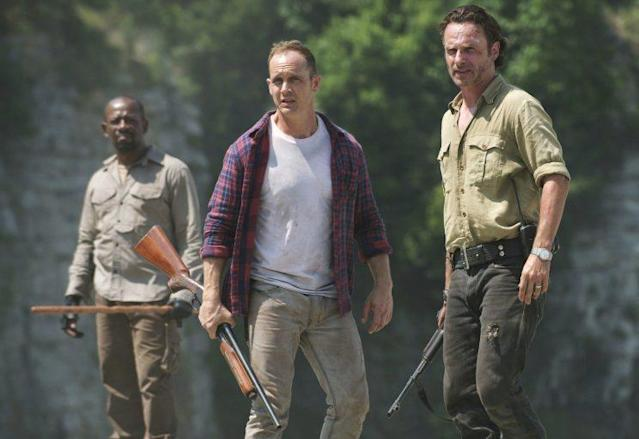 Lennie James as Morgan, Ethan Embry as Carter, and Andrew Lincoln as Rick in 'The Walking Dead' (Photo: AMC)