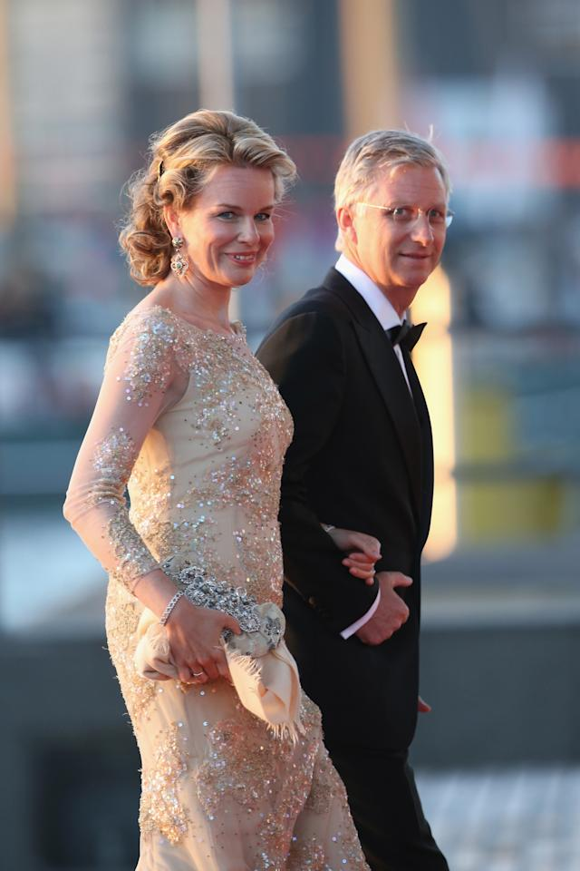 AMSTERDAM, NETHERLANDS - APRIL 30:  Crown Princess Mathilde and Crown Prince Phillipe of Belgium arrive at the Muziekbouw following the water pageant after the abdication of Queen Beatrix of the Netherlands and the Inauguration of King Willem Alexander of the Netherlands on April 30, 2013 in Amsterdam, Netherlands.  (Photo by Chris Jackson/Getty Images)