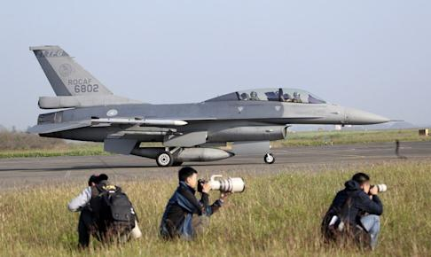 A US-made F-16V fighter in action in military exercises in Chiayi county earlier this year. Photo: AP