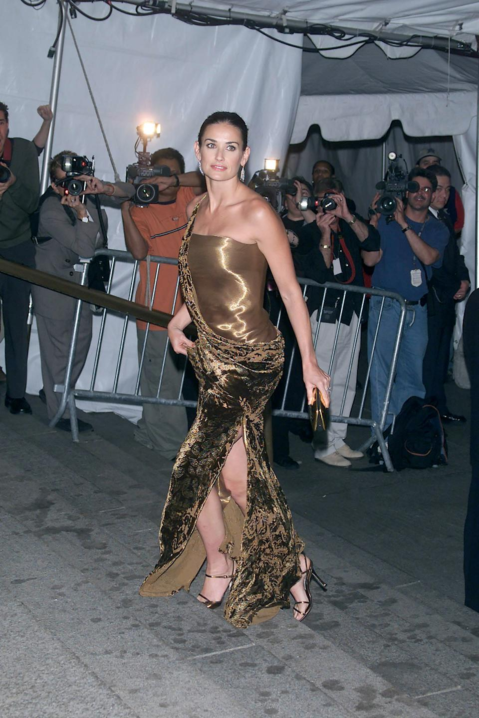 """<h1 class=""""title"""">Demi Moore in Donna Karan, 2000</h1><cite class=""""credit"""">Photo: Getty Images</cite>"""