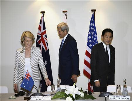 Julie Bishop, John Kerry, Fumio Kishida in a trilateral meeting ahead of APEC in Bali