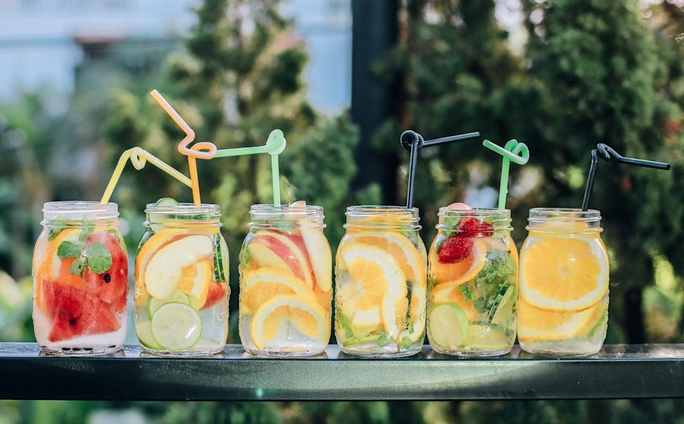 """<p>Winter may be here, but you can definitely still channel Summer with a party! You'll need colorful decorations like balloons, photo props (sunglasses, sunblock, lifeguard whistle), and maybe even a kiddie pool (fill it with ice and use it as a drink cooler!). Serve <a href=""""https://www.popsugar.com/fitness/Healthy-Summer-Cocktail-Recipes-46135652"""" class=""""link rapid-noclick-resp"""" rel=""""nofollow noopener"""" target=""""_blank"""" data-ylk=""""slk:Summer cocktails"""">Summer cocktails</a> like piña coladas or <a href=""""https://www.popsugar.com/food/Best-Fruits-Put-Sangria-46183093"""" class=""""link rapid-noclick-resp"""" rel=""""nofollow noopener"""" target=""""_blank"""" data-ylk=""""slk:sangria"""">sangria</a> and Summer food like ice cream or hamburgers. To top it all off, use beach towels and chairs instead of the couch for relaxing, and pass out leis as guests arrive. Of course, Summer attire is a must so make sure to have space set aside for Winter coats for those throwing parties in colder climates.</p>"""