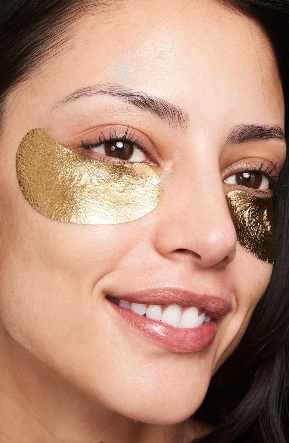 <p>Give their under eyes some extra love with the glamorous <span>Wander Beauty Baggage Claim Gold Eye Masks</span> ($25).</p>