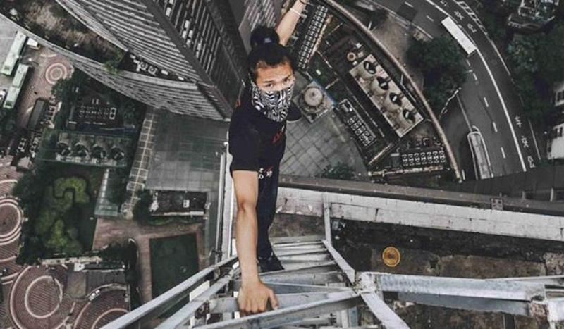 Family of Chinese rooftopper Wu Yongning, who was killed in fall, sues live-streaming app and wins US$4,300 compensation