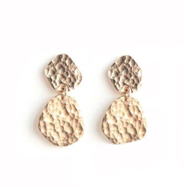 """<a href=""""https://fave.co/3iyn9GS"""" target=""""_blank"""" rel=""""nofollow noopener noreferrer"""">Sol Proano</a>is a Ridgewood, New York-based Latinx-owned Etsy shop that specializes in jewelry made from recycled metals and leather in hammered styles. Shop these<a href=""""https://fave.co/3mrMYL6"""" target=""""_blank"""" rel=""""nofollow noopener noreferrer"""">Marimari Post Earrings for $80</a>at<a href=""""https://fave.co/3iyn9GS"""" target=""""_blank"""" rel=""""nofollow noopener noreferrer"""">Sol Proano on Etsy</a>."""